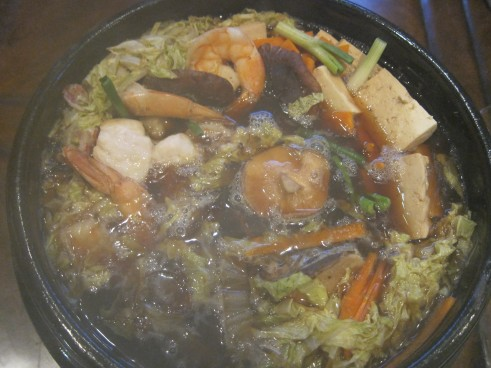 Yosenabe (Japanese Hot Pot) with Seafood and Vegetables | Dinner With ...